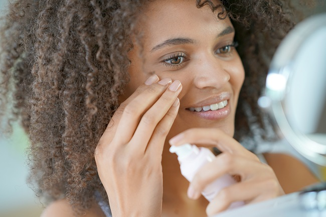 "Skincare and Skin Allergies: What ""Hypoallergenic"" Really Means"